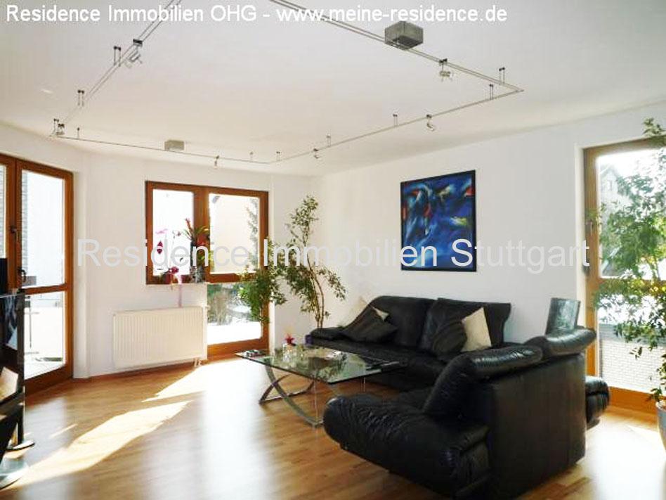 exklusive 5 zimmer wohnung mit hochwertiger einbauk che. Black Bedroom Furniture Sets. Home Design Ideas