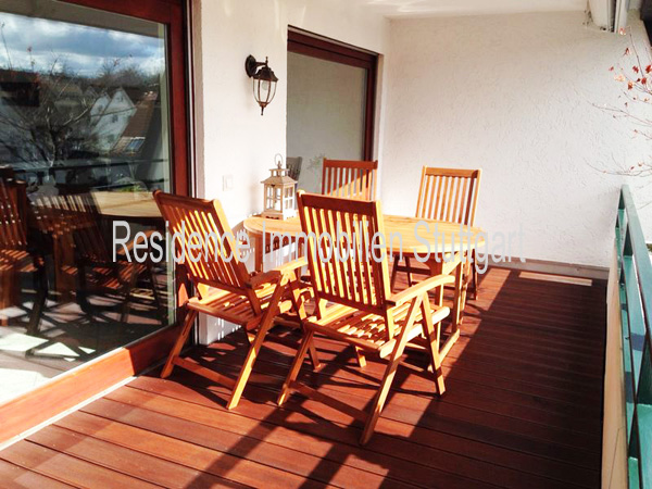 traumhafte eigentumswohnung hochwertige ausstattung offener kamin und gro er balkon. Black Bedroom Furniture Sets. Home Design Ideas