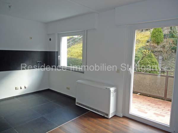 stadtnahe ruhige halbh henlage wundersch ne renovierte 3 zimmer wohnung mit sonnigem balkon. Black Bedroom Furniture Sets. Home Design Ideas